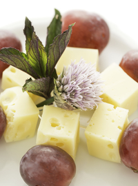 Emental cheese with grape 100g